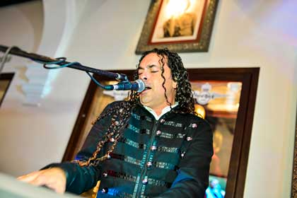 Hard Rock Cafe Sevilla Eventos Freeddie For A Day Música Directo 08
