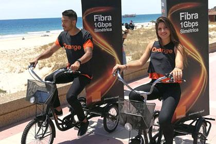 Orange Trade Marketing Nacional Fibra Azafatos Playas