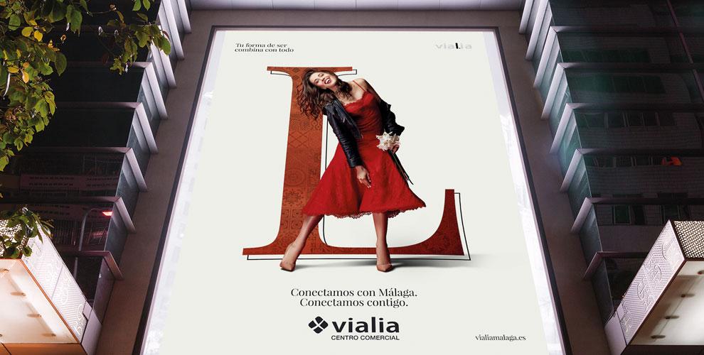 Vialia Málaga Centro Comercial Campaña Lanzamiento Corporativa lona
